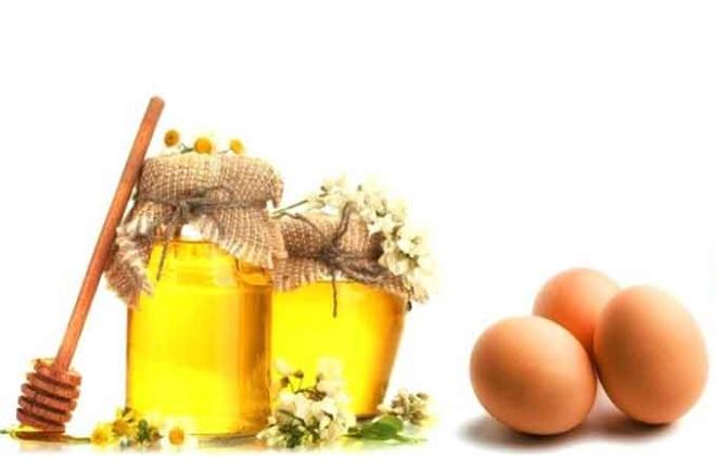 Мед и яйцо для кожи