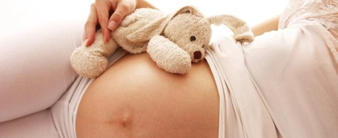 Поза беременной на боку