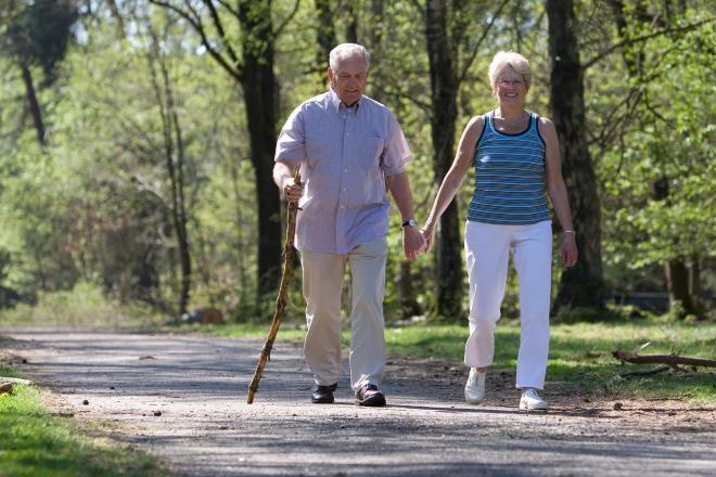 Польза ходьбы пешком для женщин и мужчин