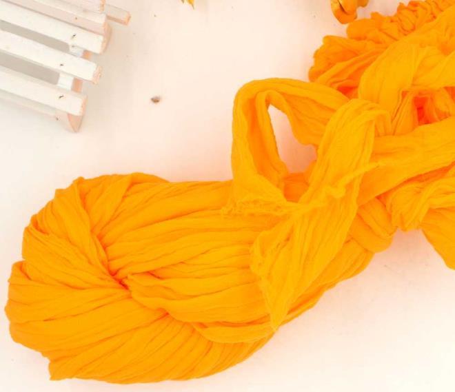 Оранжевые нитки