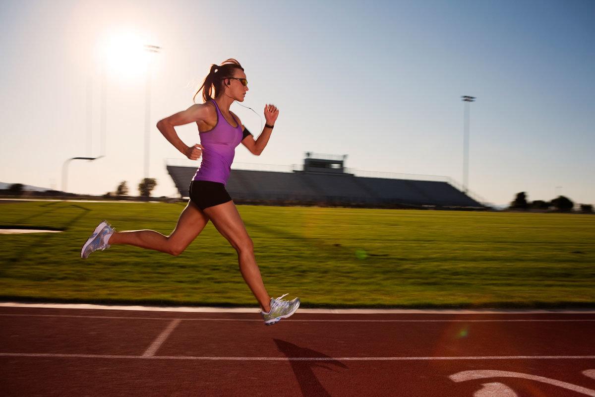 Лучшее время для пробежки: утро или вечер?