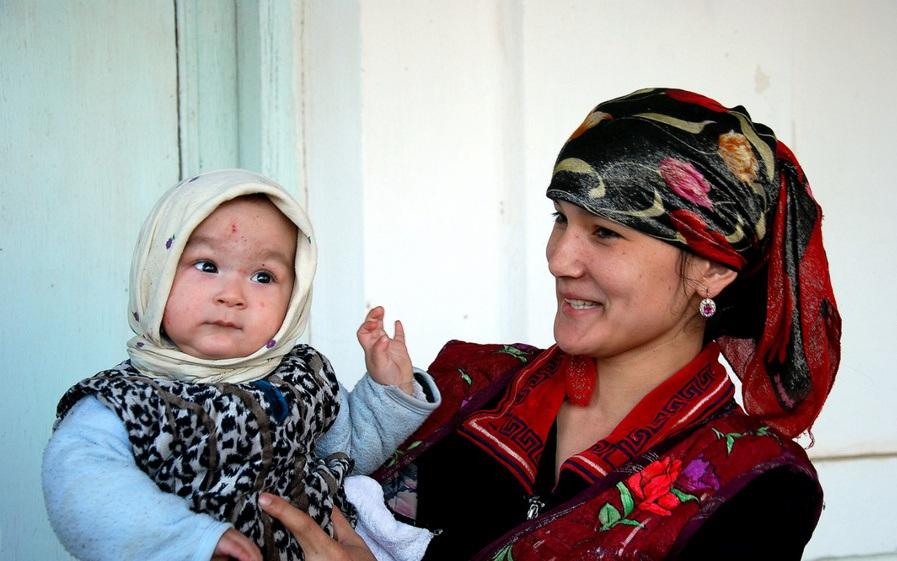 Моя 50-летняя тетка родила от 20-летнего узбека