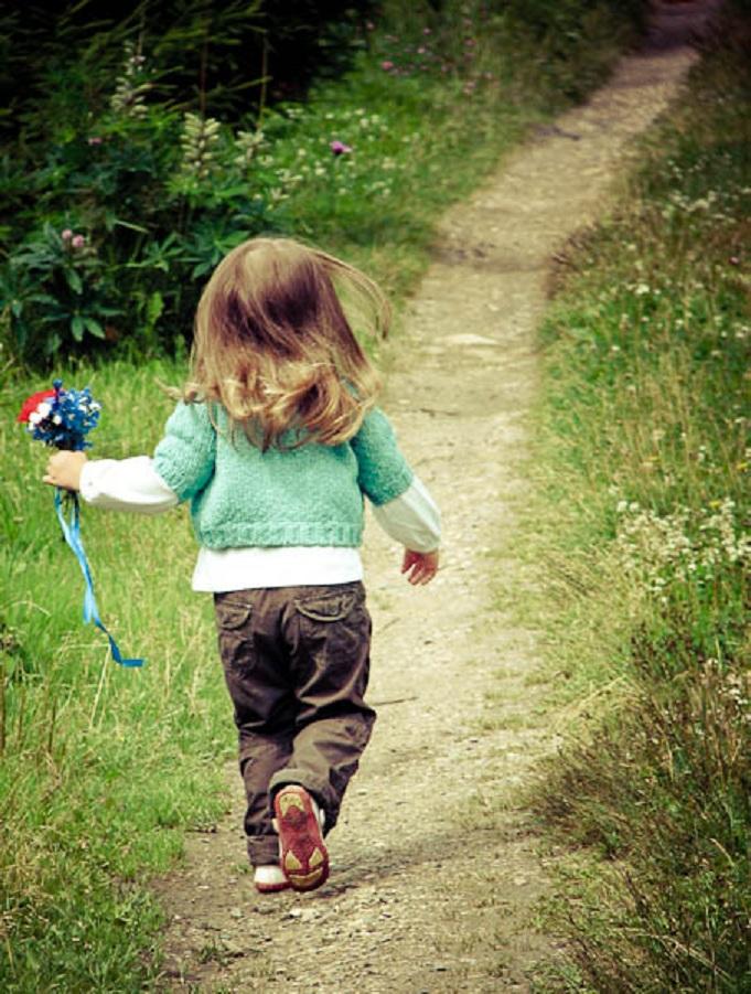 Моя 4-летная внучка с дачи ушла в соседнее село, пока я копалась в огороде