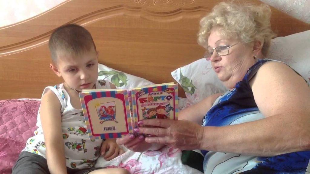 Бабушка два раза сдавала меня в детдом, пока мама была в отъезде