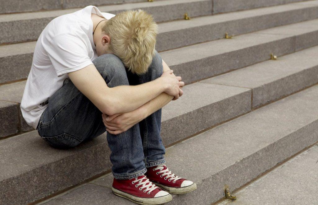 После школы отец выставил мне из дома